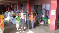 Les enfants commencent à utiliser le dispositif au Good Samaritan...