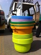 Livraison des bassines dont l'usage est fonction de la couleur